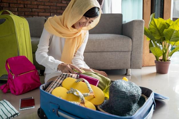 Concept de voyage femme musulmane
