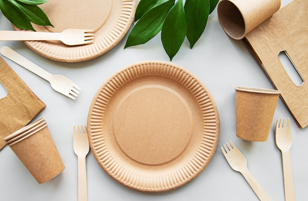 Concept zéro déchet, vaisselle en papier