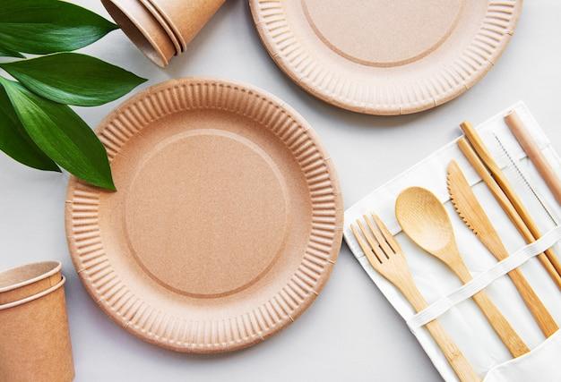 Concept zéro déchet, vaisselle recyclée