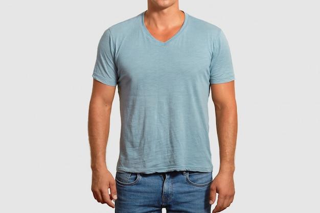 Conception de t-shirt et concept de publicité.