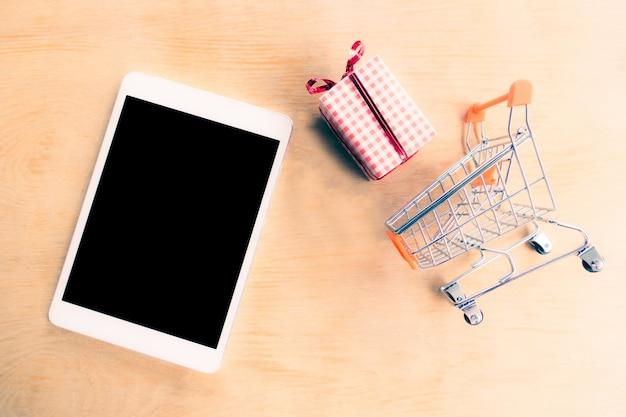 Concepts de magasinage en ligne ou en ligne