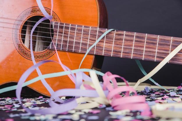 Concert de guitare à la fête
