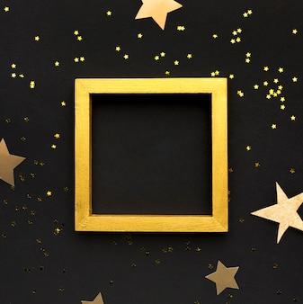 Confettis et cadre doré
