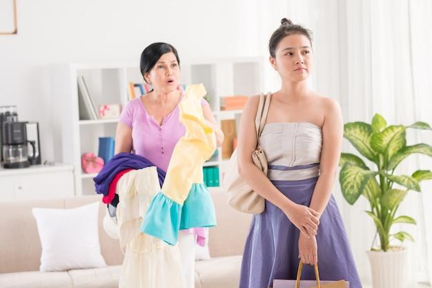 Conflit entre maman et fille