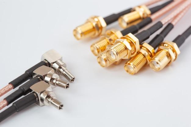 Connecteur de câble femelle haute fréquence ipx vers sma avec broches plaquées or.