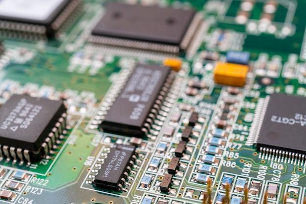 Conseil d'ordinateur moderne. réparation d'ordinateur. technologie informatique moderne.