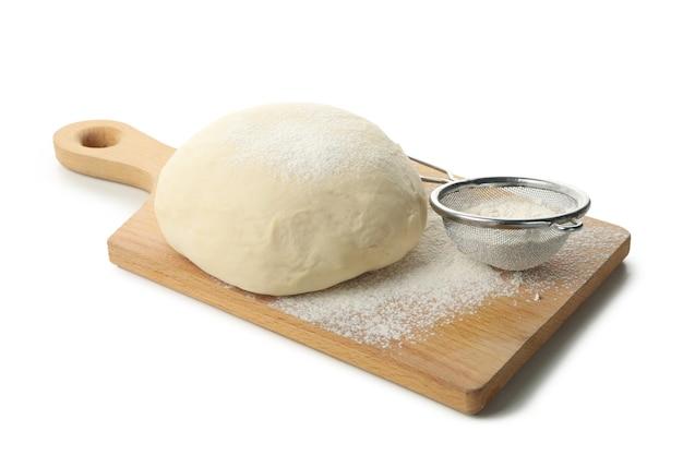 Conseil avec pâte et farine isolé sur blanc