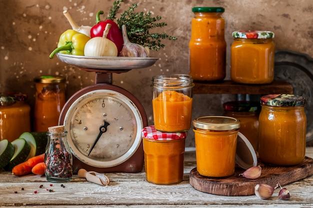 Conserves de légumes à tartiner (ikra)