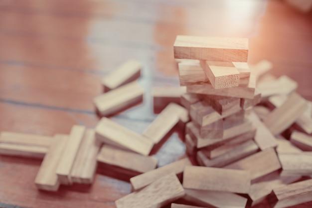 Construction de blocs de bois, plan et stratégie