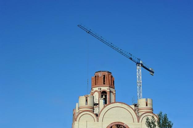 Construction de l'église orthodoxe de saint-pétersbourg
