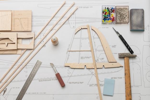 Construction de modèles réduits d'avions