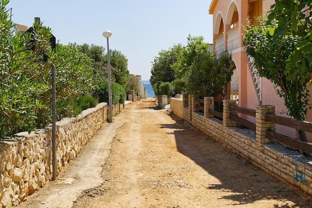 Construction de la reconstruction de la route de district