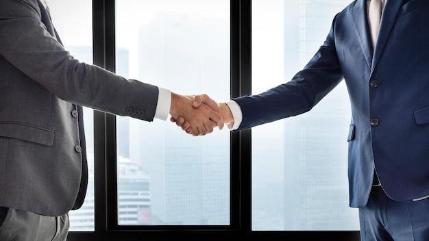 Construire une relation d'affaires