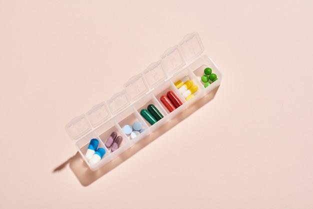 Conteneur portable pour médicaments