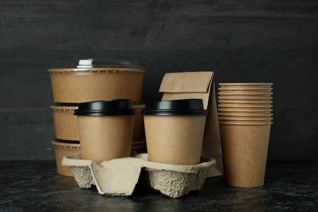 Conteneurs de livraison pour plats à emporter sur table smokey noir