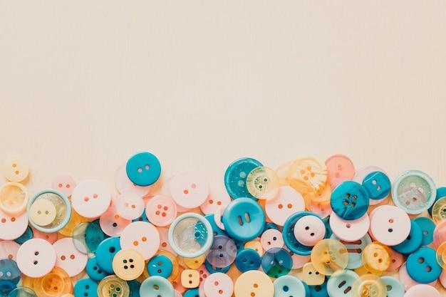Contexte de boutons de différentes couleurs. photo de haute qualité