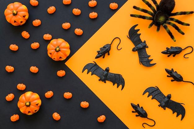 Contexte de halloween avec des rats et des chauves-souris