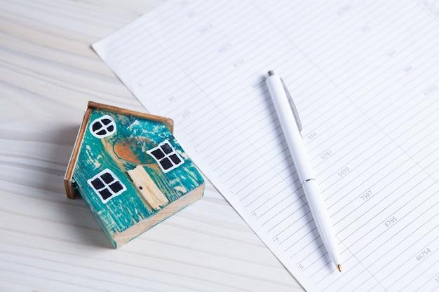 Contrat d'achat d'une maison neuve. concept d'entreprise