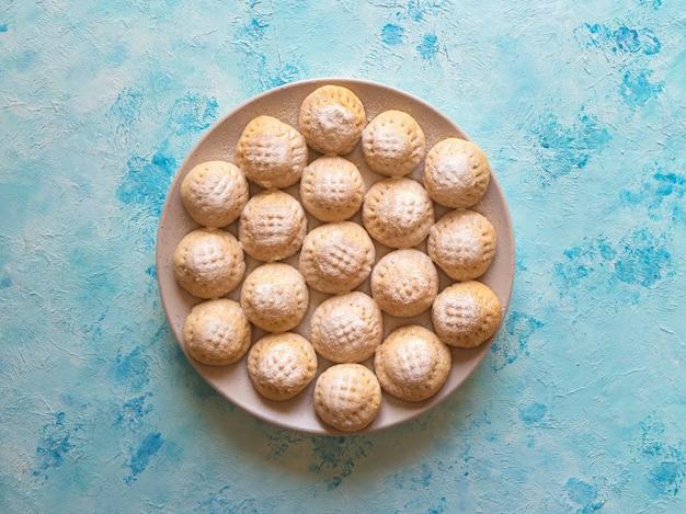 Cookies de la fête islamique el fitr. bonbons du ramadan. biscuits égyptiens