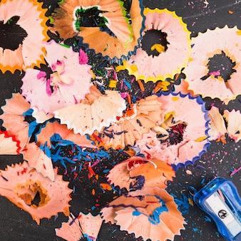 Copeaux de crayon colorés