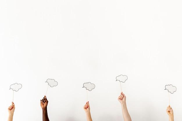 Copier les mains avec bulle de discussion