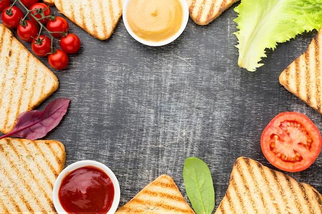 Copiez l'espace avec de la nourriture délicieuse