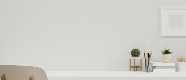 Copiez l'espace pour l'affichage du produit et le cadre de la maquette dans un espace de travail à domicile moderne conçu avec des décorations blanches, rendu 3d, illustration 3d