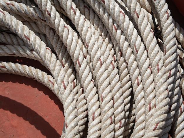 Corde de chanvre ou corde marine pour attacher les bateaux aux quais