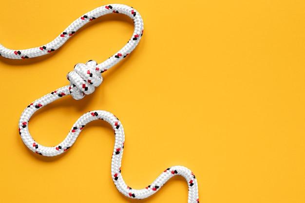 Corde vue de dessus avec espace de copie de noeud