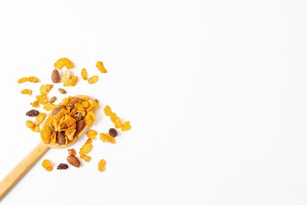 Cornflakes de céréales (noix de cajou, amande, graines de citrouille et graines de tournesol) - aliments multigrains sains