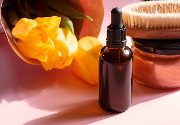 Cosmétiques naturels biologiques, crème de spa maison, huile