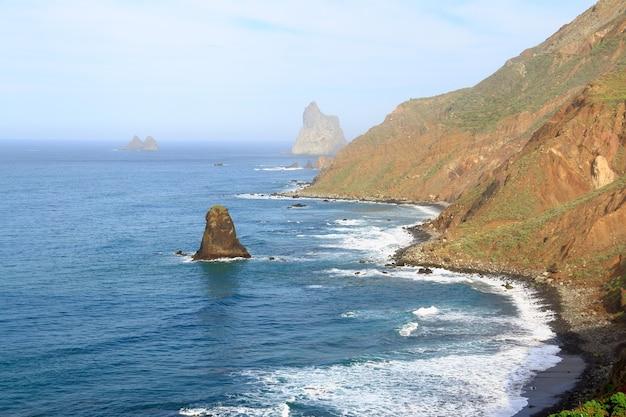 Côte de benijo à tenerife, îles canaries, espagne.