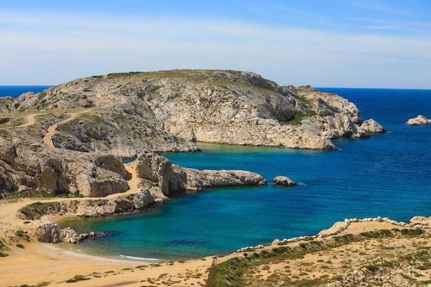 Côte du parc national des calanques au bord de la mer méditerranée s'étendant entre marseille et cassis, provence france