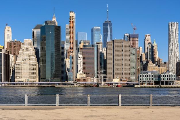 Côté rivière new york cityscape