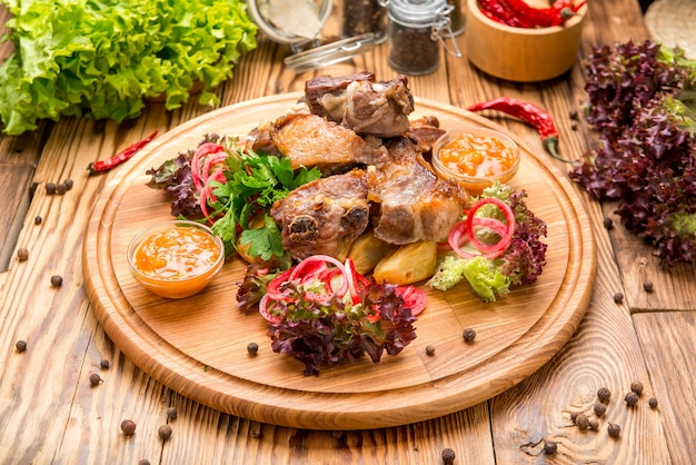 Côtes de porc avec frites du sud