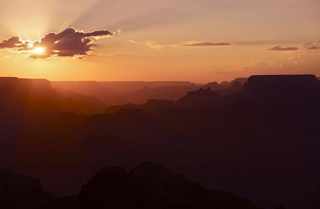 Coucher de soleil au grand canyon
