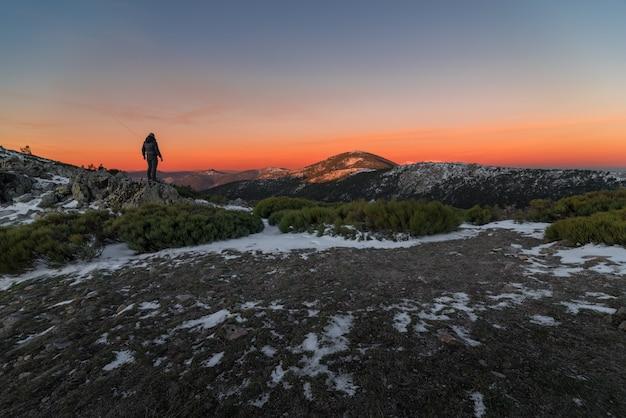 Coucher de soleil depuis la montagne