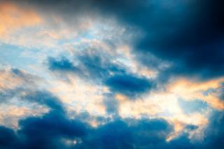 Coucher de soleil nuages hdr forme