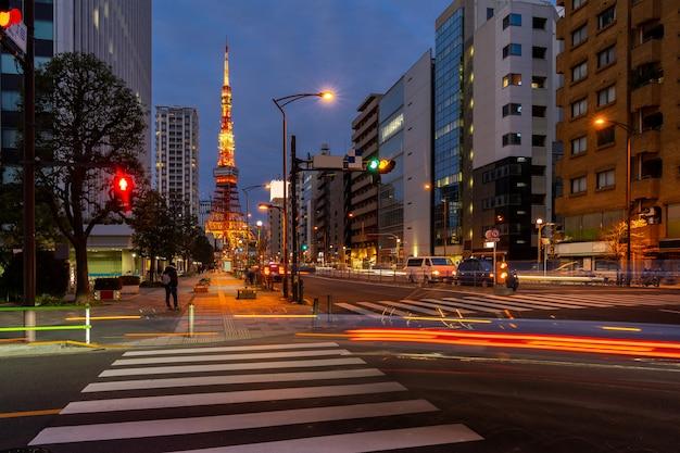 Coucher de soleil à la tour de tokyo
