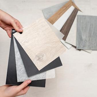 Couches de composition de plancher en vinyle. design d'intérieur. réparation et construction de la maison.