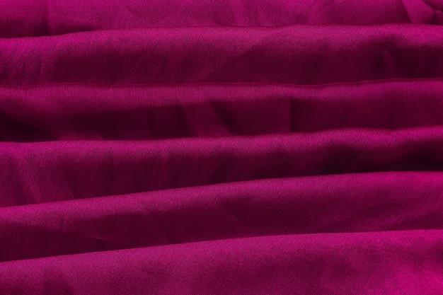 Couches de tissu violet