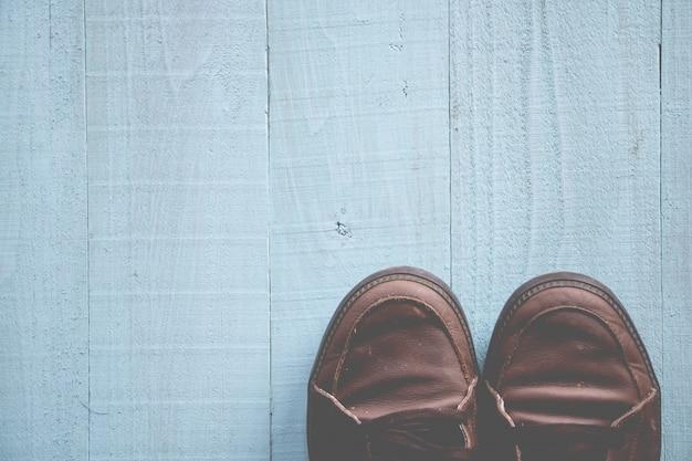 Couleur pastel, style vintage, fond bois de chaussures.