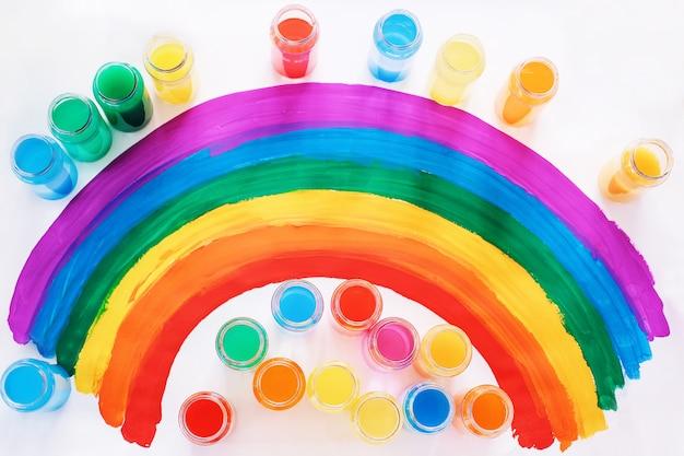Couleur vive. drapeau lgbtq gay. concept de bonheur, de liberté et d'amour pour les couples de même sexe. jour de fierté et arc-en-ciel.