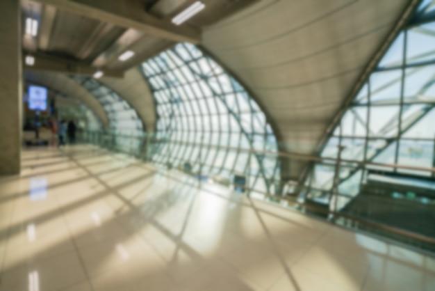 Couloir dans un aéroport