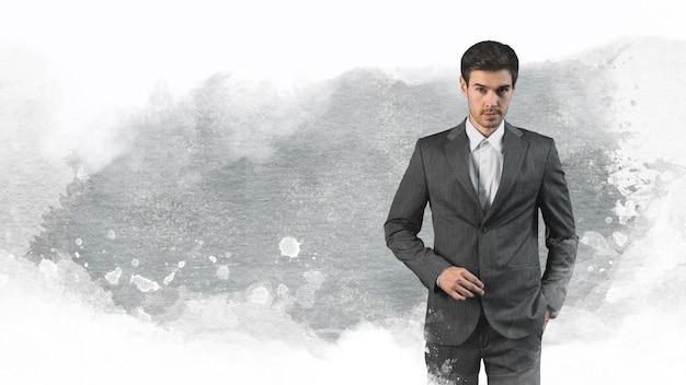 Coup moyen jeune homme avec costume