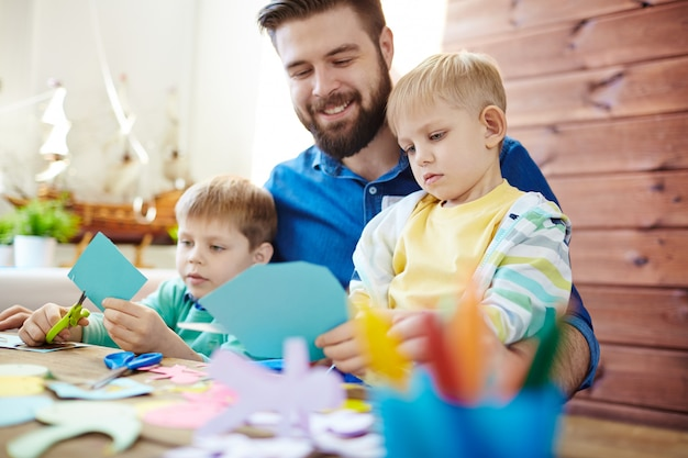 Couper des chiffres en famille