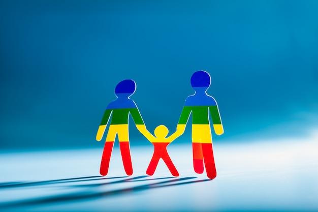 Couple gay. deux hommes avec un enfant, gens de papier
