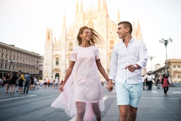 Couple en lune de miel à milan