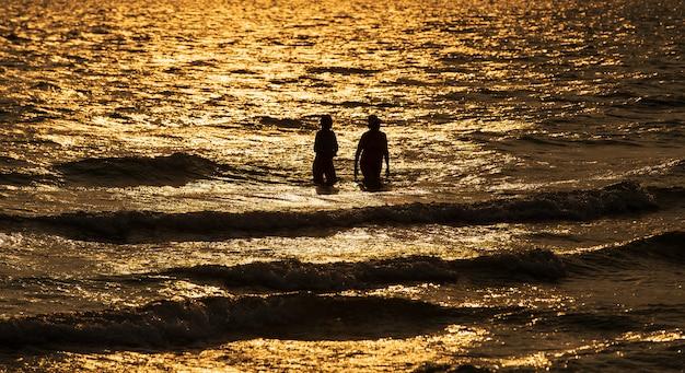 Couple en mer