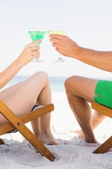 Couple, séance, boire, cocktails